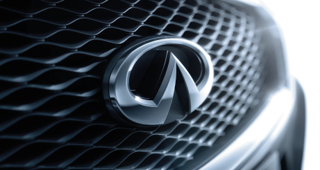 Q50 Badge and Grille
